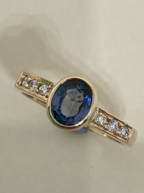 spinel and diamond ring